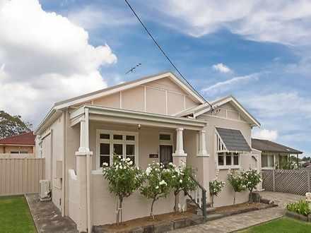 House - 66 Jubilee Road, El...
