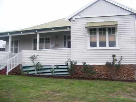 House - * 68 Deakin Street,...