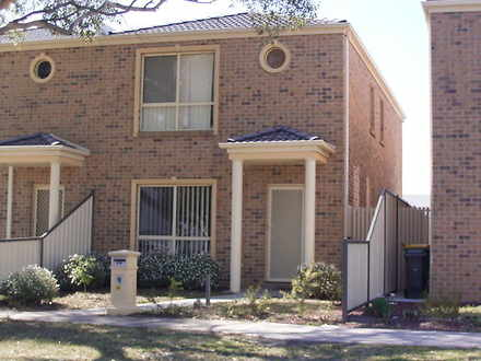 Townhouse - 40 Boadle Road,...