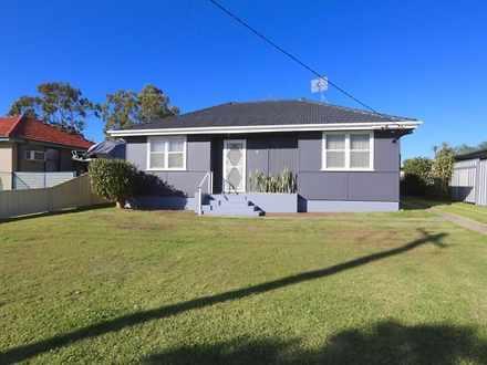 House - 8 Manfred Avenue, W...