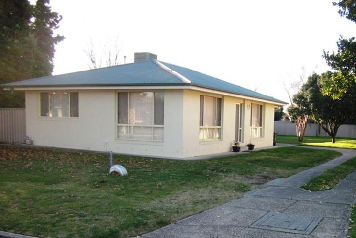 House - 10 Griffith Street,...