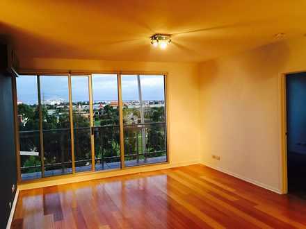 Apartment - 505C/60 Speakme...
