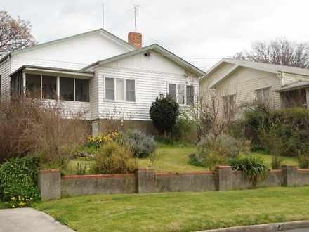 House - 46 Queen Street, Ta...