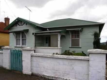 House - 10 George Street, S...