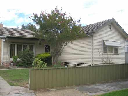 House - 1 Semmens Street, L...