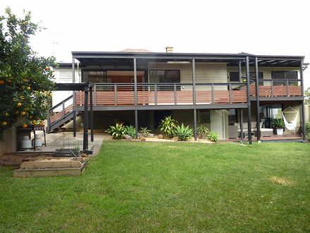 House - 416 Lawrence Hargra...