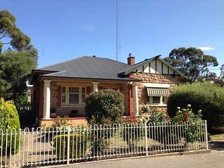 House - 2 Powell Street, Cl...