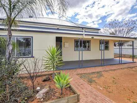 House - 28 Carrington Stree...