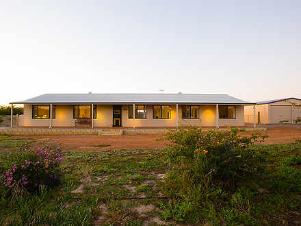 House - 283 Chapman Valley ...
