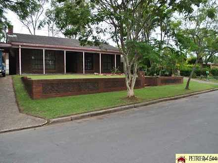 House - 22 Woodlands Avenue...