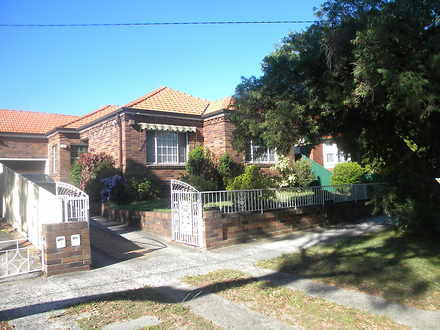 House - 5 Westcott Street, ...
