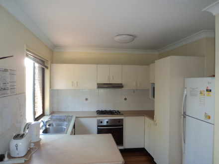 House - 2/121 Mildmay Stree...