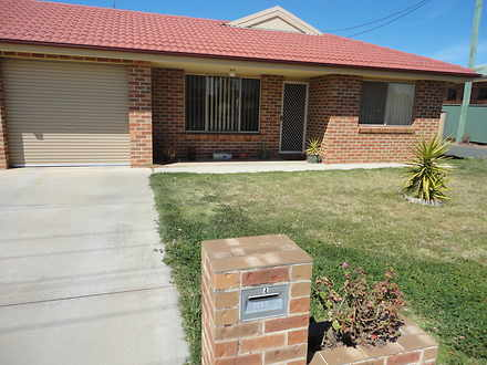 Villa - UNIT 4 / 90 Parkes ...