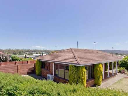 House - 416-418 Westbury Ro...
