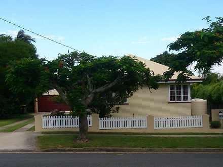 House - 25 Barellan Street,...