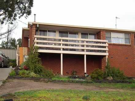 House - 34 Monash Drive, Se...