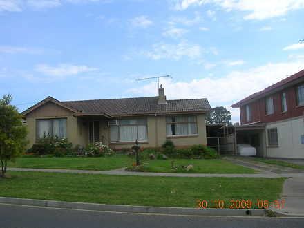 House - 17 Savige Street, M...