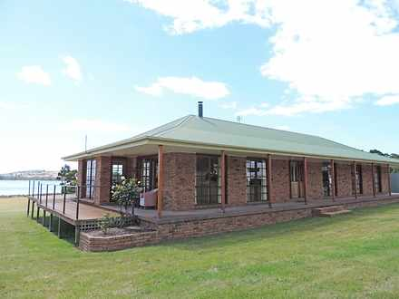 House - 111 Clifton Beach R...