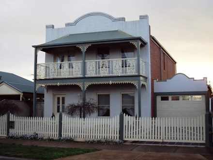 House - 20 Moreton Close, C...
