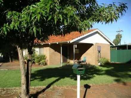 House - 44 Sturt Pea Cresce...