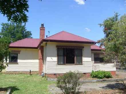 House - 1128 Armstrong Nth ...