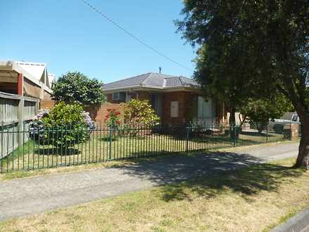 House - 19 Averne Street, C...