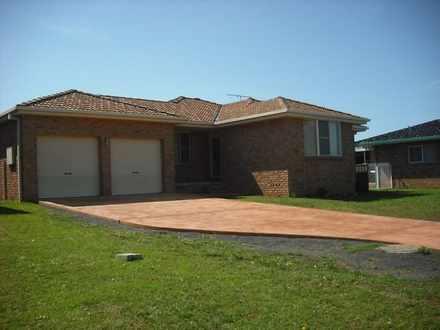 House - 44 Boronia Drive, T...