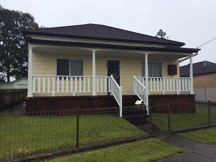 House - 106 Gosford Road, A...