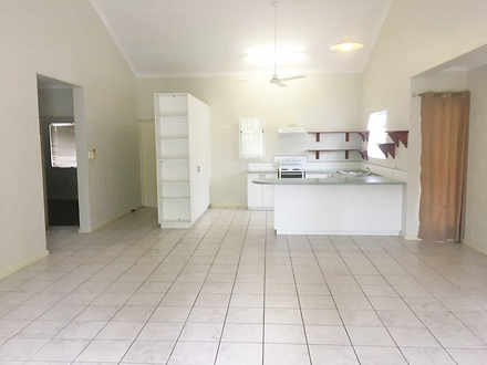 Unit - 3/13  Lloyd Road, Hu...