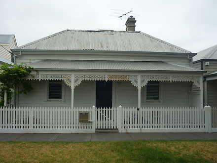 House - 17 Giffard Street, ...