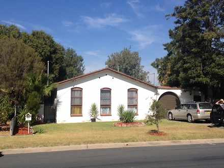 House - 361 Douglas Road, L...
