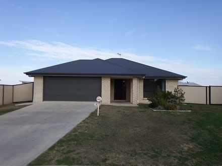 House - 13 Lockyer Crescent...