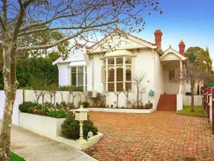 House - 16 Lambert Road, To...