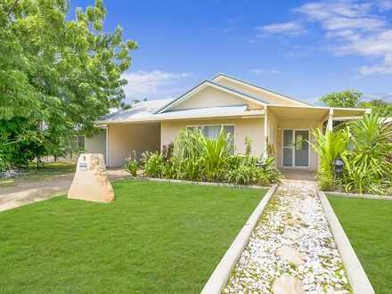 House - 8 Murdoch Garden, D...