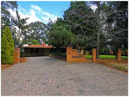 House - 135 Lawson Road, He...