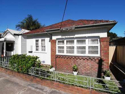 House - 37A Fawcett Street,...