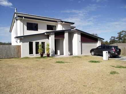 House - 2 Vintners Court, M...