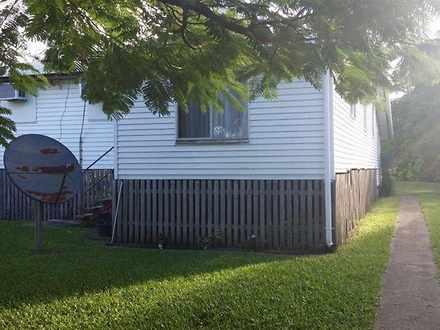 House - 75 Broad Street, Sa...