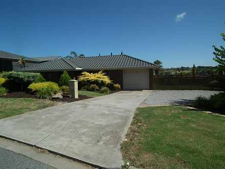 House - 19 Caswell Drive, H...