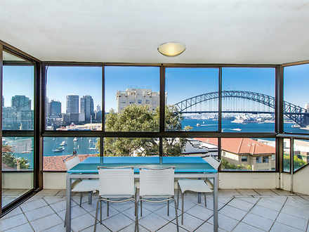 Apartment - 8-10 East Cresc...
