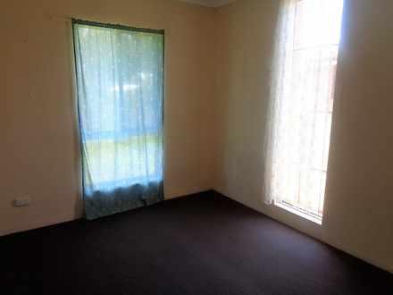 House - 32 Warrina Close, T...