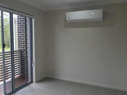 House - 1 Macquarie Circuit...