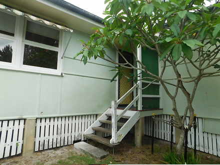 House - Burleigh Heads 4220...