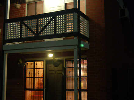 Townhouse - 20B Noble Stree...