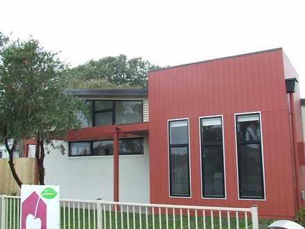 House - 39 Boulder Bay Road...