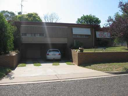 House - 1 Denson Court, Cob...