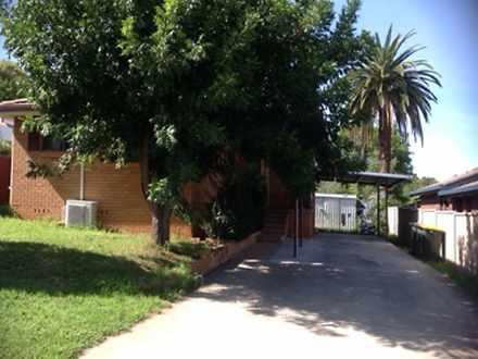 House - 9 Indarra Street, T...