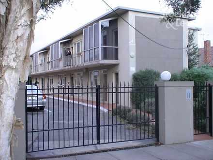 House - 8/7 Truganini Road,...