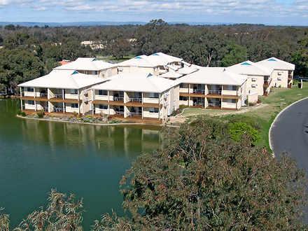 Apartment - 1 Lakes Crescen...