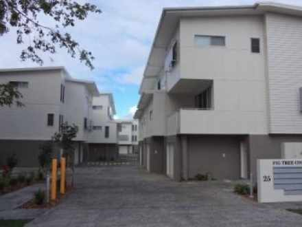 Townhouse - 4/25 Passage St...
